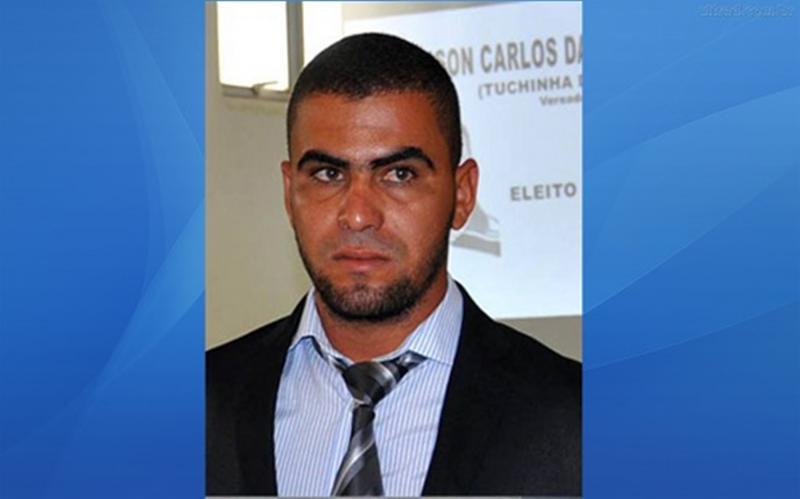 Vereador acusado de matar concunhado a golpes de facão é procurado pela polícia