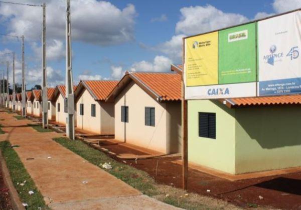 Governo atrasa R$ 450 milhões do Minha Casa; construtoras ameaçam demitir 50 mil
