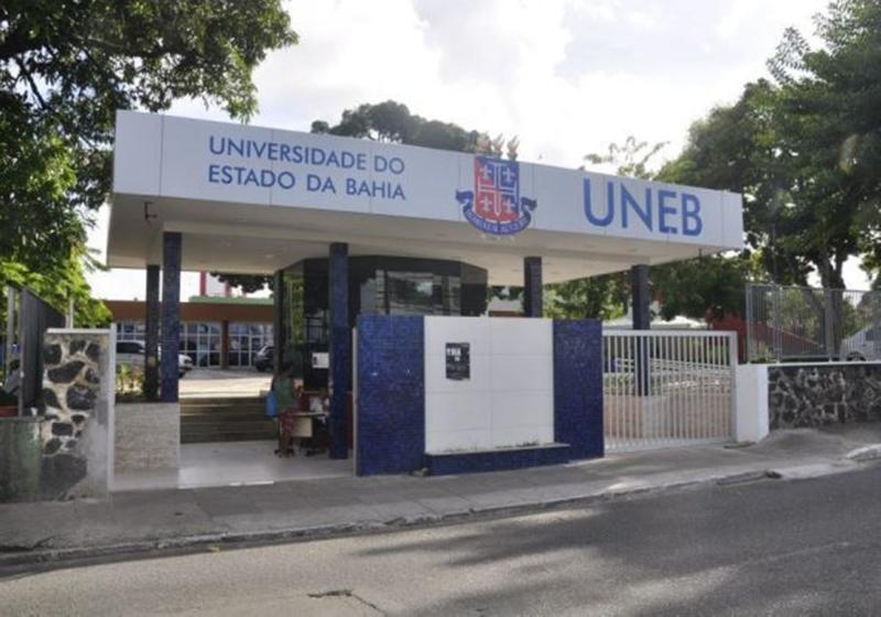 Uneb: professores entram em estado de greve e decidem paralisar as atividades