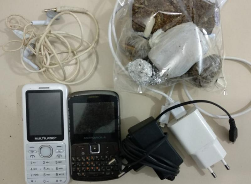 Polícia Civil evita entrega de celulares e drogas em carceragem