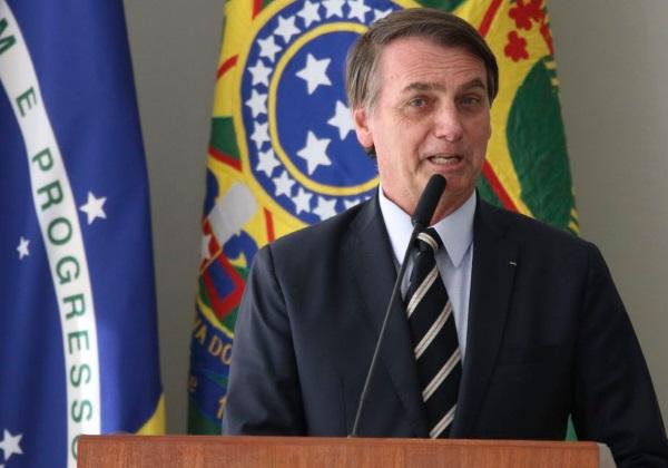 Bolsonaro discute reforma da Previdência com seu líder de governo