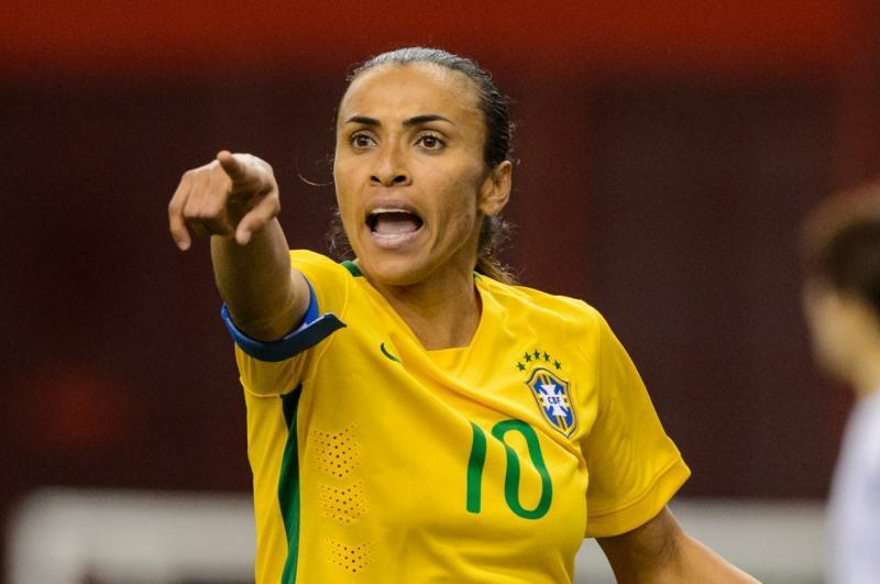 Marta fala sobre tempo para família e fãs cogitam aposentadoria