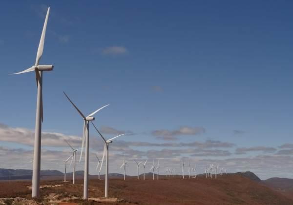 Estado lidera comercialização de parques eólicos e fotovoltaicos, diz SDE