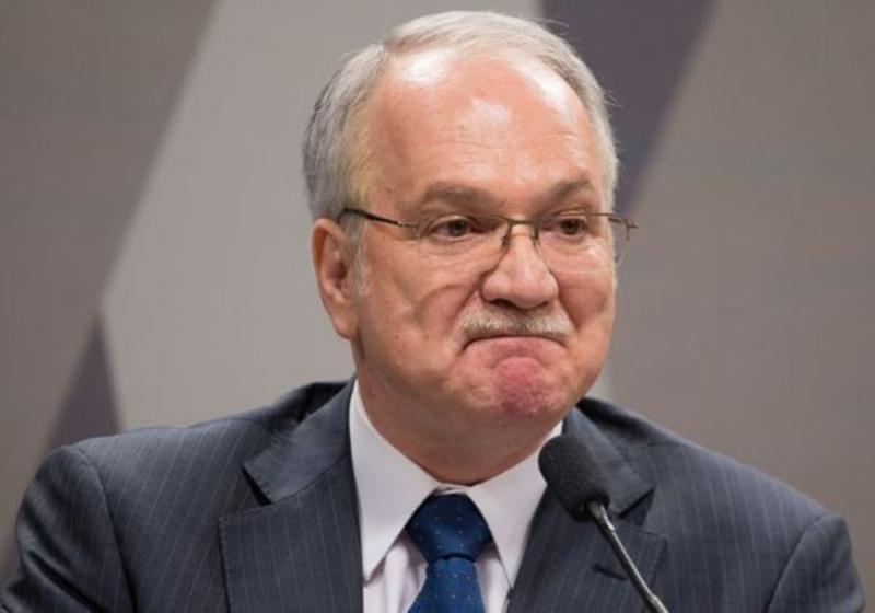 Pedido de liberdade de Lula é rejeitado por Fachin