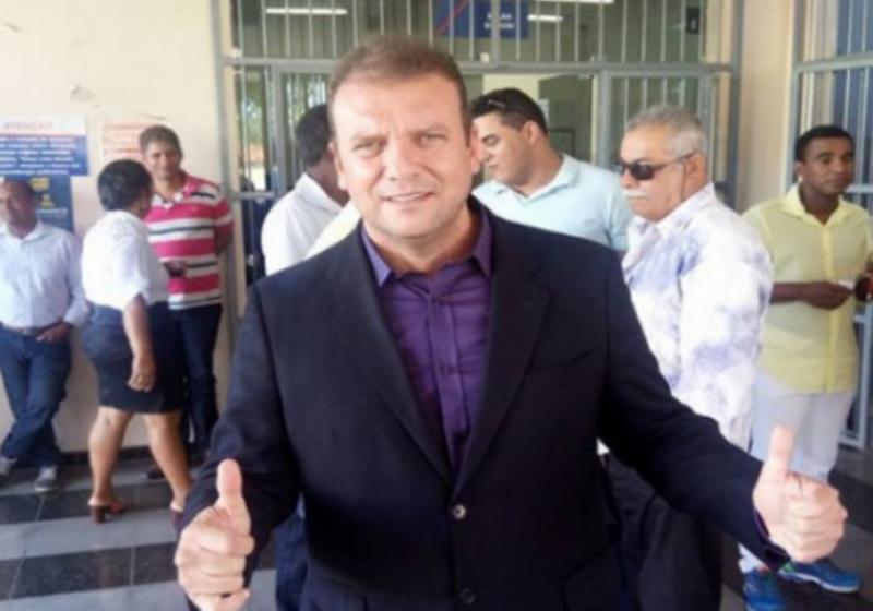 Justiça Eleitoral cassa diploma de prefeito e vice